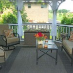 guest porch seating area